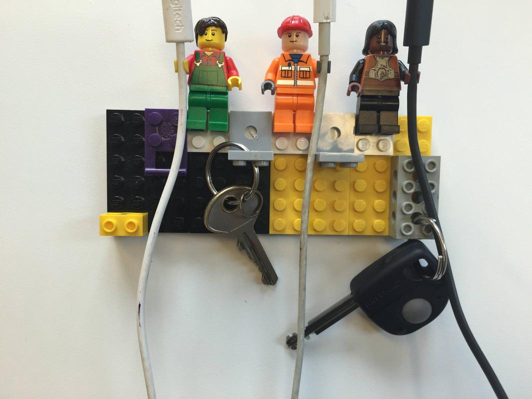LIFE HACK: Lego cable and key tidy
